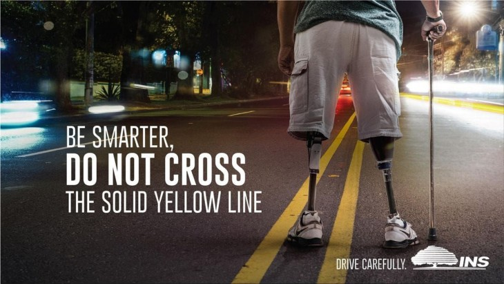 "Instituto Nacional de Seguros: ""Be smarter, do not run a red light"" by Ogilvy"