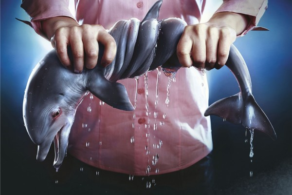 """Marevivo """"For the sea every wash is a torture #STOPMICROFIBRE"""""""