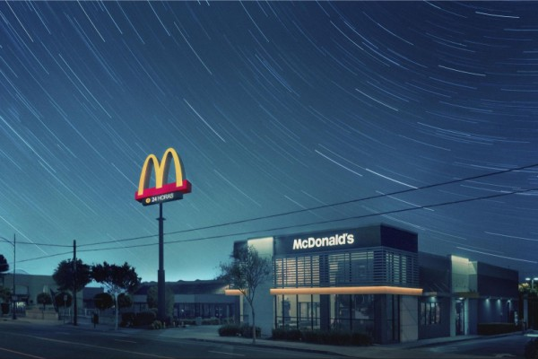 """McDonald's """"24hs service"""" by TBWA"""