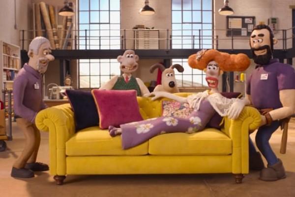 """DFS: Wallace & Gromit in """"The Grand Sofa Caper"""""""