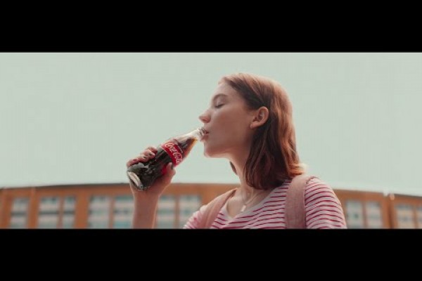 """Coca-Cola """"The Chase"""" by JWT"""
