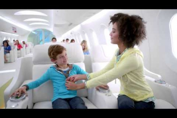 Old Navy: Jennifer Love Hewitt - come fun, come all