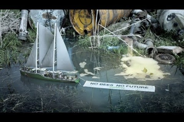 Greenpeace: Greenbees - Save the bees, save the humans