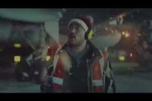 Vodafone Christmas Advert 2014 #PowerToTheFestive